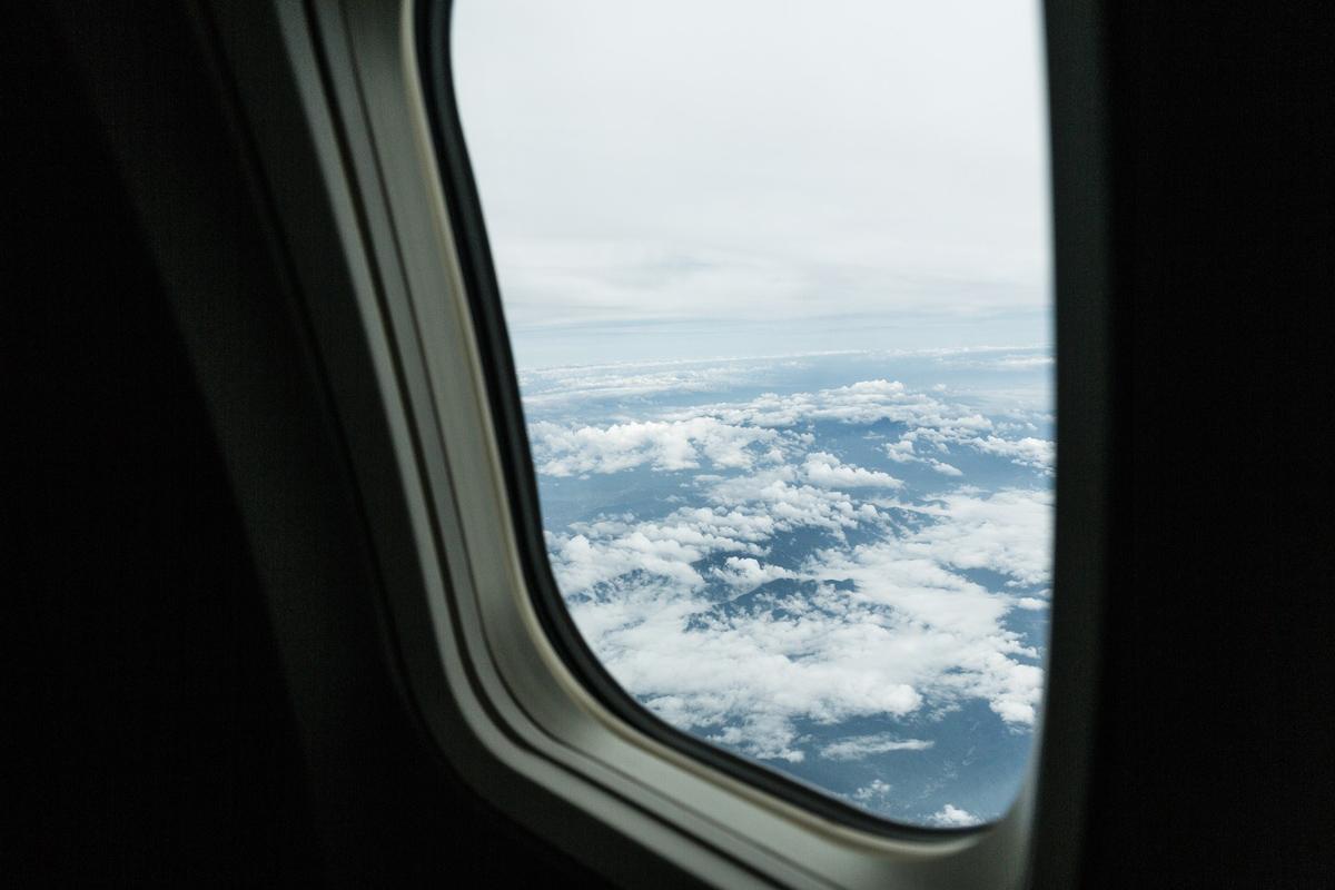 飛行機で音楽や映像を楽しむためのオーディオ変換アダプタはもういらない?