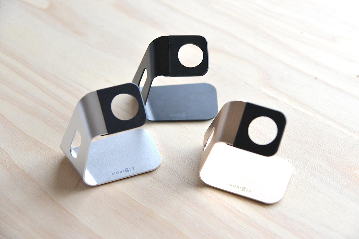 Apple Watchをスマートに充電できるクールなスタンド