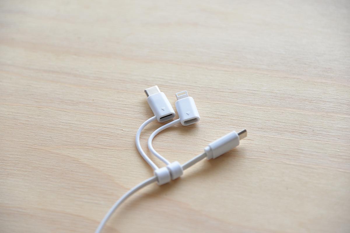 一本で三役!?microB・Lightning・Type-C(USB-C)が付いた超便利なUSBケーブル