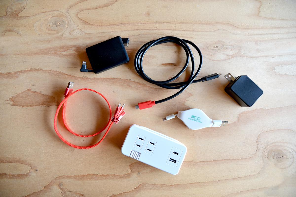 ケーブル・充電器